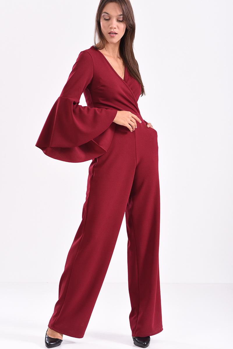 7e26d0b78ae Ολόσωμη φόρμα κρουαζέ με φερμουάρ στο πίσω μέρος μπορντό